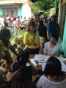 Re-electionist Abra rep Maria Jocelyn Bernos,voting in La Paz Central School @brigettemayor